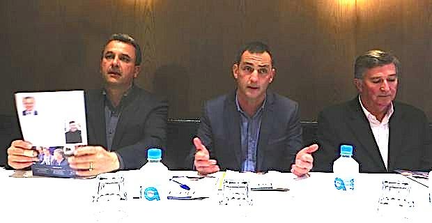 François Tatti, Gilles Simeoni et Jean-Louis Milani.