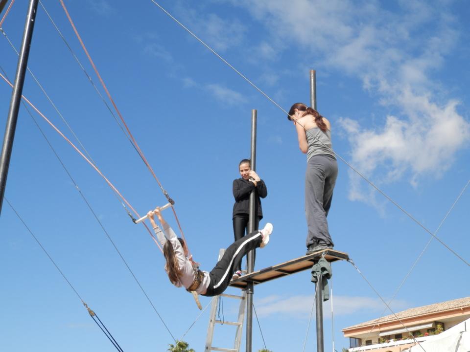 """Ajaccio : Dans les coulisses du festival """"Rue Du Cirque"""""""