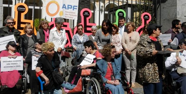 Ajaccio : l'APF manifeste pour l'accessibilité
