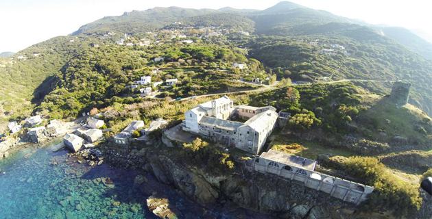 Cap Corse : Royal et Cuvillier signent l'arrêté qui lance la mise à l'étude du parc marin
