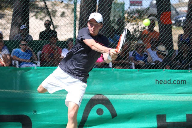 Guillaume Bezert et Valérie Maître champions de Corse de tennis 2014
