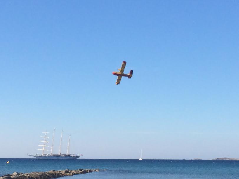 Un Canadair dans le ciel de Balagne : Une image beaucoup trop vue