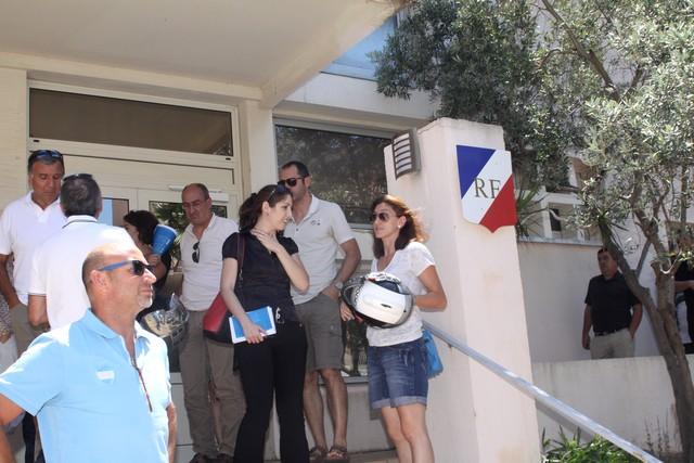 """""""Blocage"""" du port de L'Ile-Rousse : Les commerçants interpellent le préfet et appellent à manifester"""