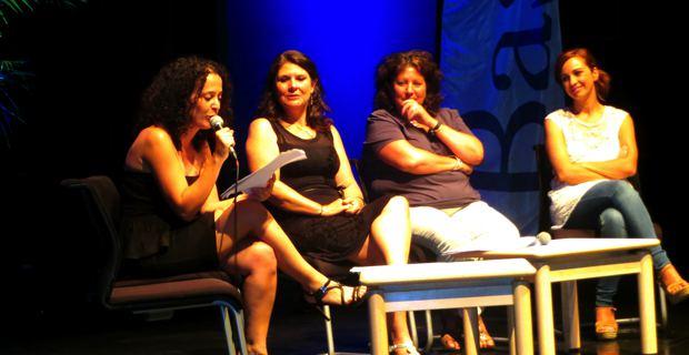 Frédérique Flori, responsable de la programmation culturelle, et Mattea Lacave, adjointe déléguée à la culture à la mairie de Bastia.