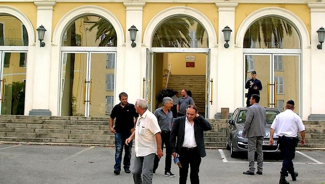 Pas de rencontre samedi matin entre socioprofessionnels et préfet de Corse-du-Sud : Les socioprofessionnels ne sont pas retournés à la préfecture…
