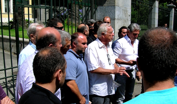 En raison des violences subies par leurs homologues de Haute-Corse de la part des forces de l'ordre hier, les socioprofessionnels de Corse-du-Sud ont boycotté la réunion avec le Préfet. (Photo : Yannis-Christophe Garcia)