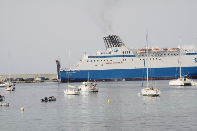 """Le """"Monte d'Oro"""" est bien rentré à Marseille, Le """"Méditerranée aussi"""""""