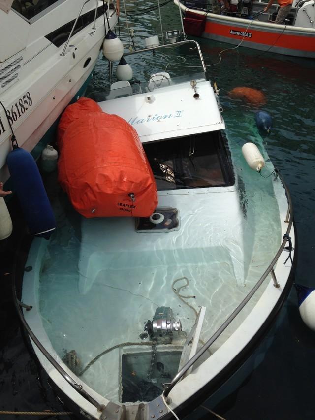 Une embarcation coule dans le port de Calvi