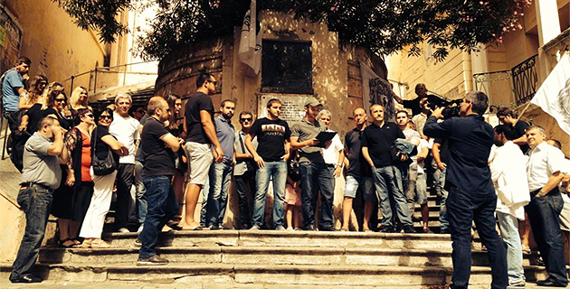 Bastia : La Ghjuventù Indipendentista devant le buste de Pasquale Paoli