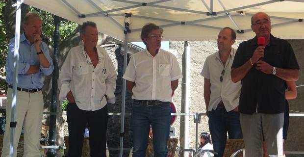 Patrice Gueniffey, Michel Vergé-Franceschi et Antoine Franzini, historiens, Yannick Castelli, maire de Penta-di-Casinca, et Joseph Castelli, président du Conseil général 2B.