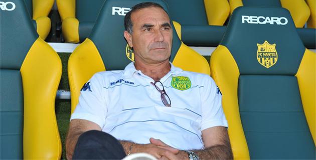 Baptiste Gentili sur le banc des entraîneurs (ici celui du Fc Nantes) : Une place qu'il espère retrouver rapidement