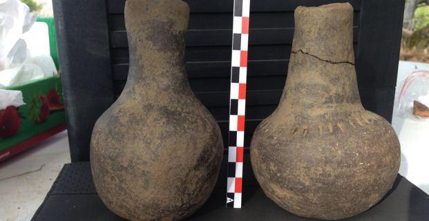 Flacons du Néolithique.