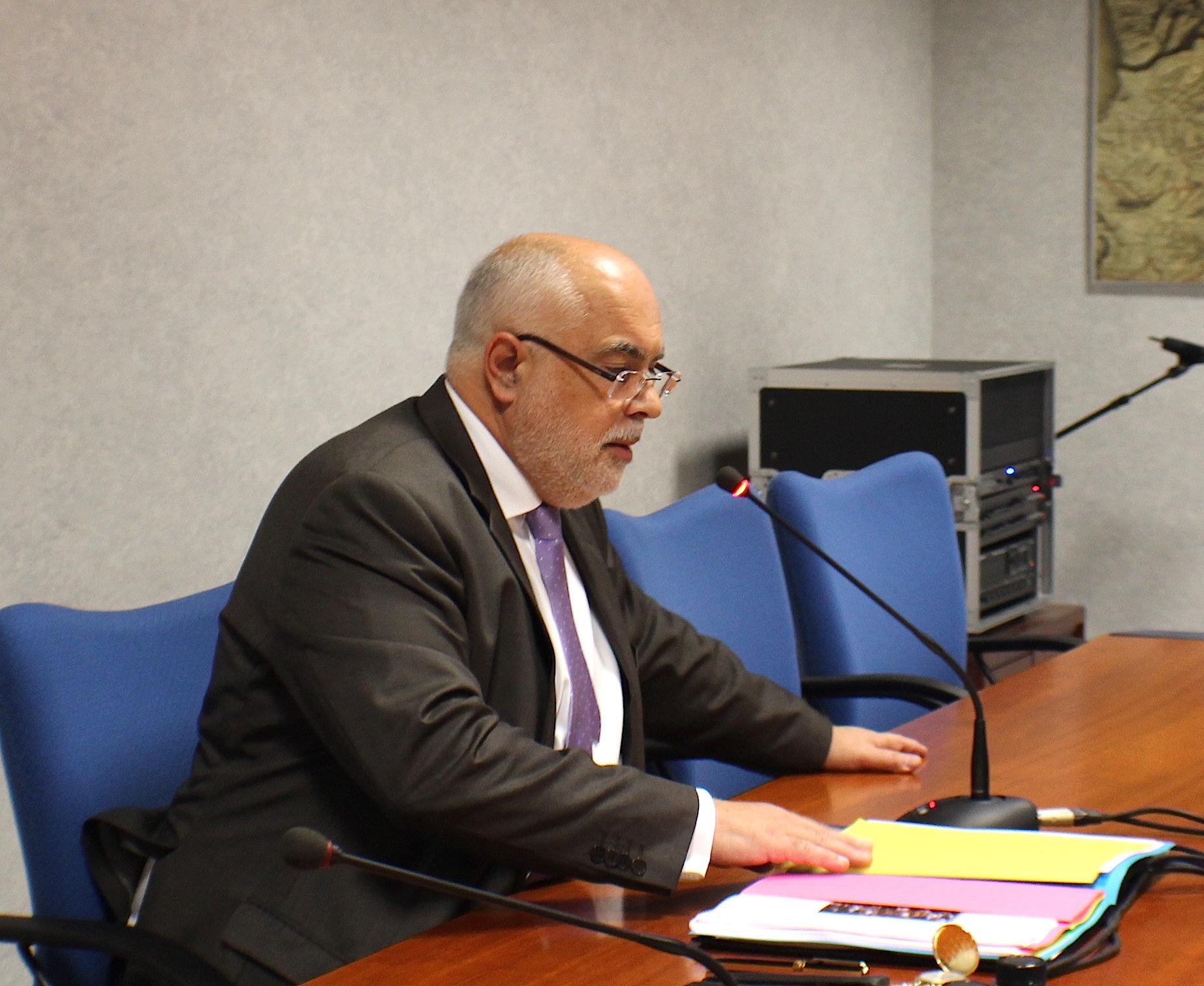 Jacques Delmas, président de la chambre régionale des comptes. Il a animé la réunion en compagnie de Michel Carles, procureur financier, et de Frédérique Colin et Etienne Erasismus,  directeurs des finances publiques des deux départements insulaires.