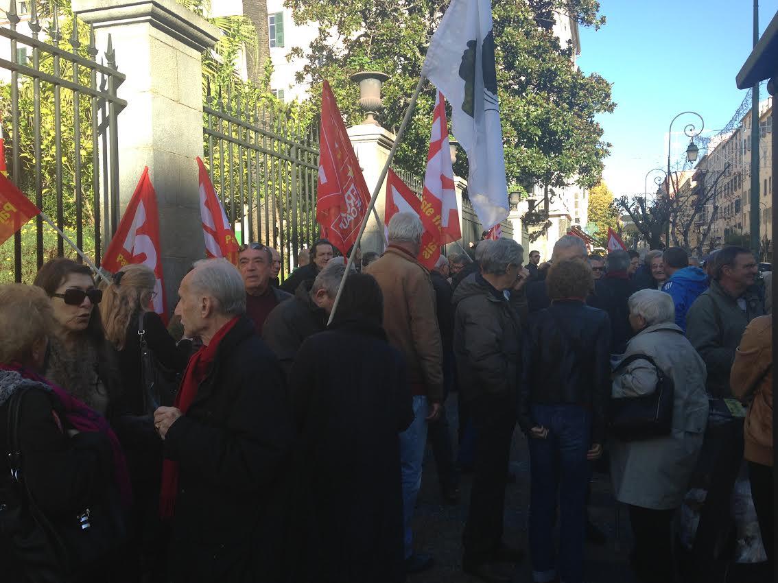 """SNCM : Manifs à Ajaccio pour dire """"Non"""" au redressement judiciaire !"""