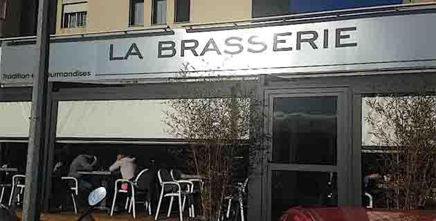 Pour les amateurs de bonne chère, la brasserie de Mezzavia tombe à pic