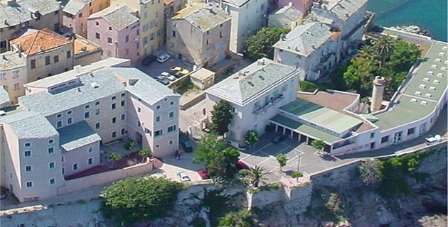 Défense de la SNCM : Manifestation devant le lycée maritime de Bastia