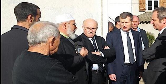 Christophe Mirmand, préfet de Corse et Alain Rousseau, préfet de Haute-Corse se sont rendus à Ghisonaccia en début d'après-midi de samedi (Préfecture 2B)