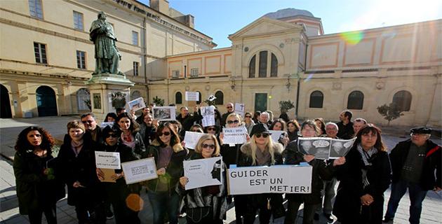 Menaces sur la profession des guides-conférenciers : Mobilisation à Ajaccio