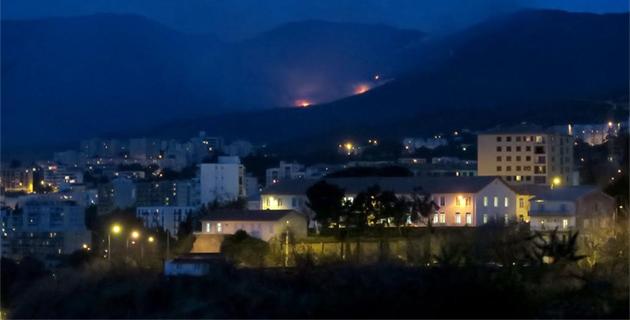 Les flammes vues de Bastia
