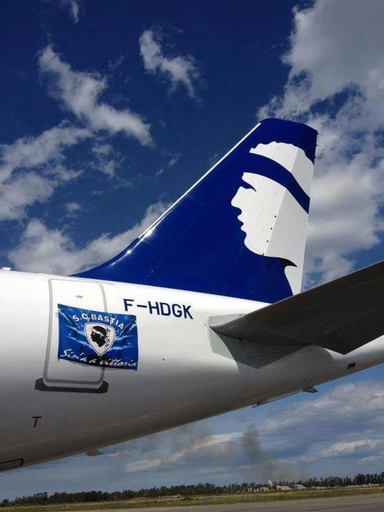 Bastia : L'avion était, lui aussi, bleu !