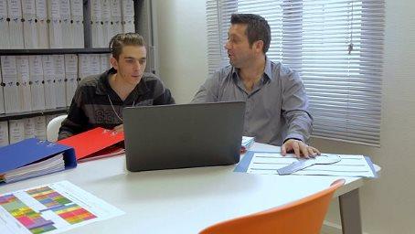 Cliquez ici pour voir le clip réalisé par les stagiaires de l'e2C de Bastia