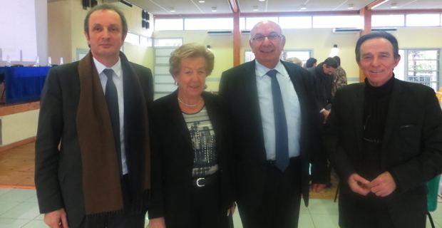 Alain Rousseau, préfet de Haute-Corse, Anne-Marie Natali, maire de Borgo, Pierre-Marie Mancini, maire de Costa et président de l'association des maires 2B, et Mathieu Cervoni, maire de Castifao.
