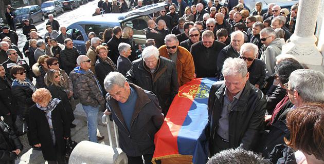 Ajaccio : L'adieu de ses amis à Paul Bertolucci