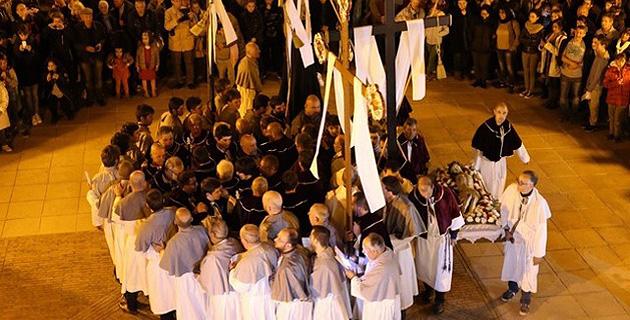 Via Crucis : Exposition à l'oratoire Saint-Antoine de Calvi et appel aux confrères