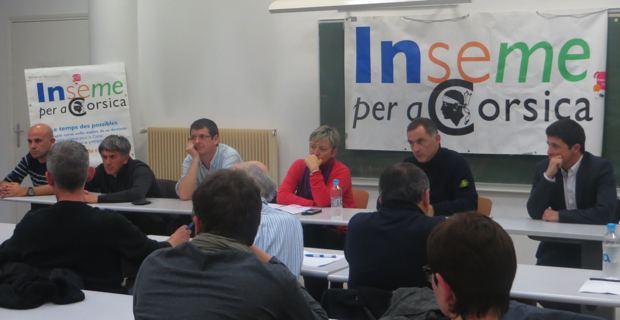 Le bureau d'Inseme per a Corsica autour de son leader, Gilles Simeoni, et de son porte-parole, Jean-Félix Acquaviva.