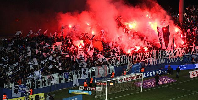 Sporting-Nice : Le SCB dépose plainte contre X pour jets de… projectiles