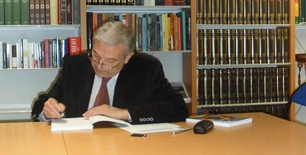 """""""Paoli : 33 années d'exil et d'engagement"""""""