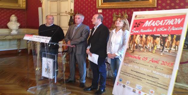 La présentation officielle avec le député-maire d'Ajaccio