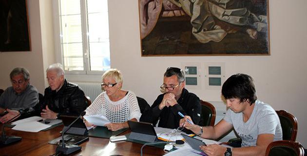 Le renouvellement de la concession de la plage de Calvi pour la période 2016-2027 en débat