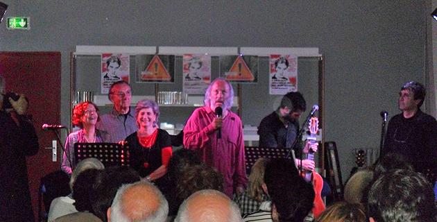 La Brigade d'Interventions Poétiques, très applaudie en fin de spectacle
