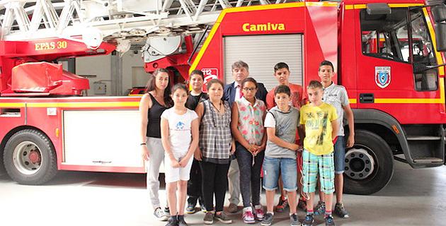 Ajaccio : Des ados des Jardins de l'Empereur en visite chez les pompiers