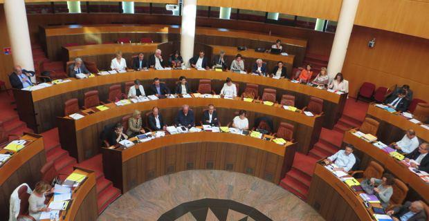 CTC : Quasi-unanimité pour une résolution demandant une solution politique globale !