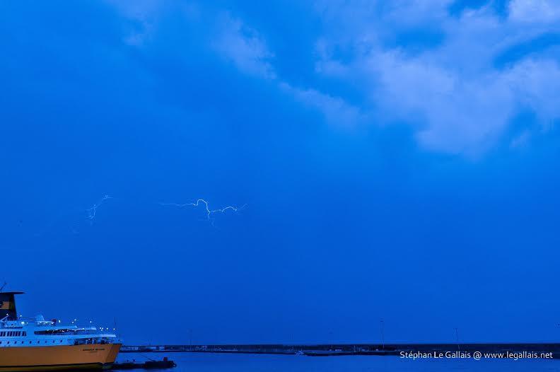 Images : Les orages s'estompent au-dessus du port de Bastia