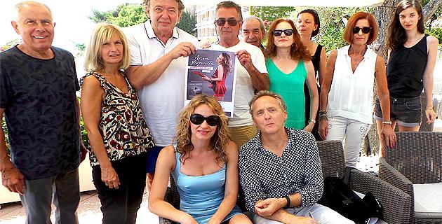 Ana Popovic avec Michel Maestracci (au premier plan) et les organisateurs de Jazz Equinoxe