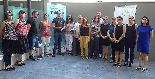 Les lauréats avec l'ensemble des candidats et les membres du jury