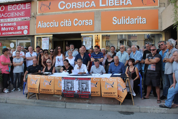 Corsica Libera et Sulidarità dénoncent la situation faite à Pierre Paoli