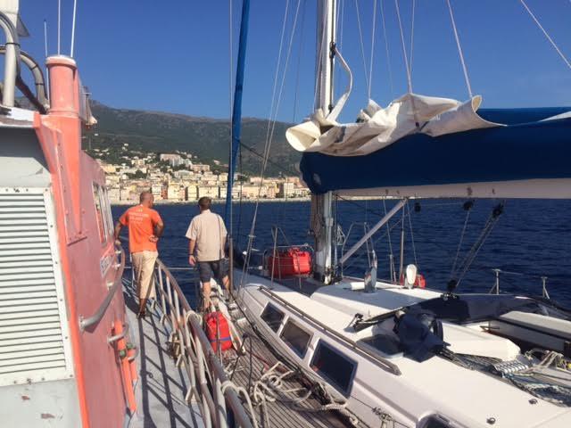 Bastia : La SNSM accompagne le voilier au… port