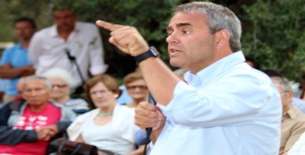 """Xavier Bertrand à Lumio : """"Le blocus des migrants doit s'opérer au large de la Libye et non de l'Italie"""""""