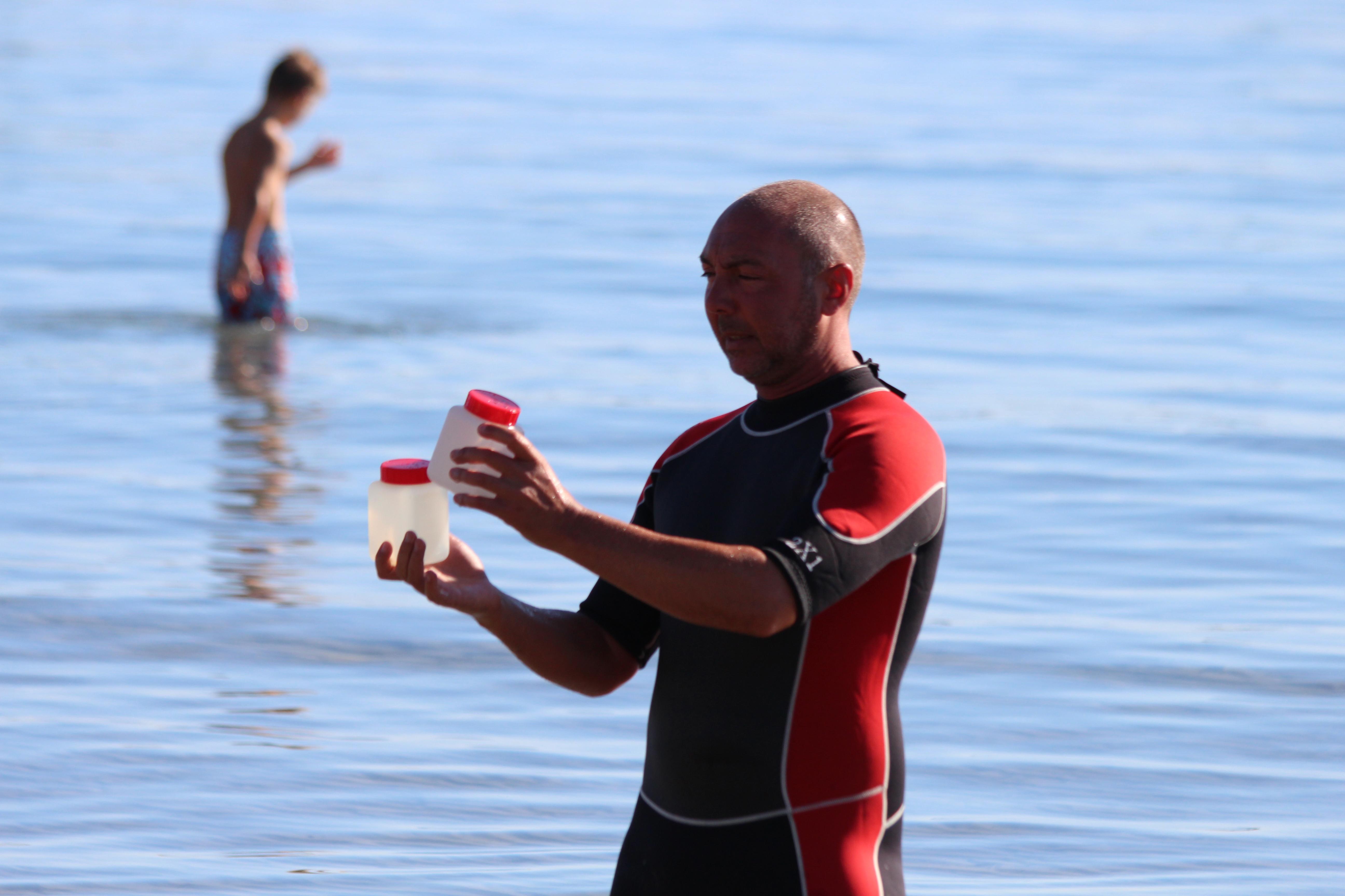 La qualité des eaux de baignade de Calvi analysée au quotidien par Kyrnolia grâce au procédé Coliplage