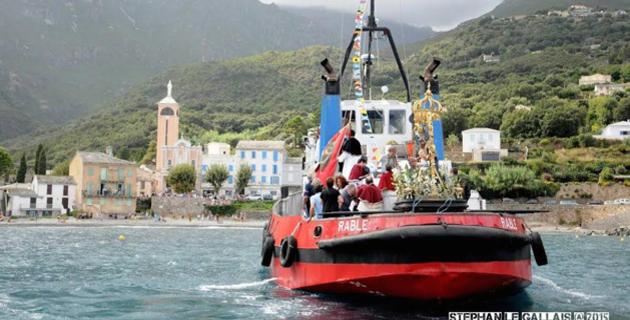 Bastia : Le pélerinage marin de la confrérie de Saint Charles à Lavasina