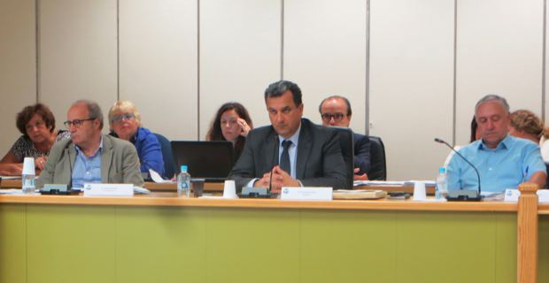 Le président de la CAB, François Tatti, entouré des deux premiers vice-présidents, Michel Rossi et Jacky Padovani.