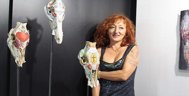 Jacqueline Desanti appelle à la subjectivité dans son exposition de « figures envisagées »