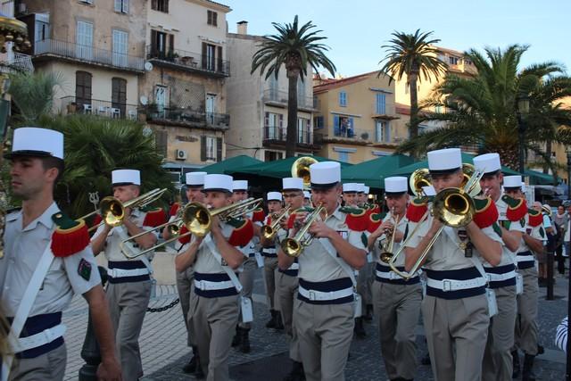 Défilé et aubade à Calvi pour la Musique principale de la Légion Etrangère