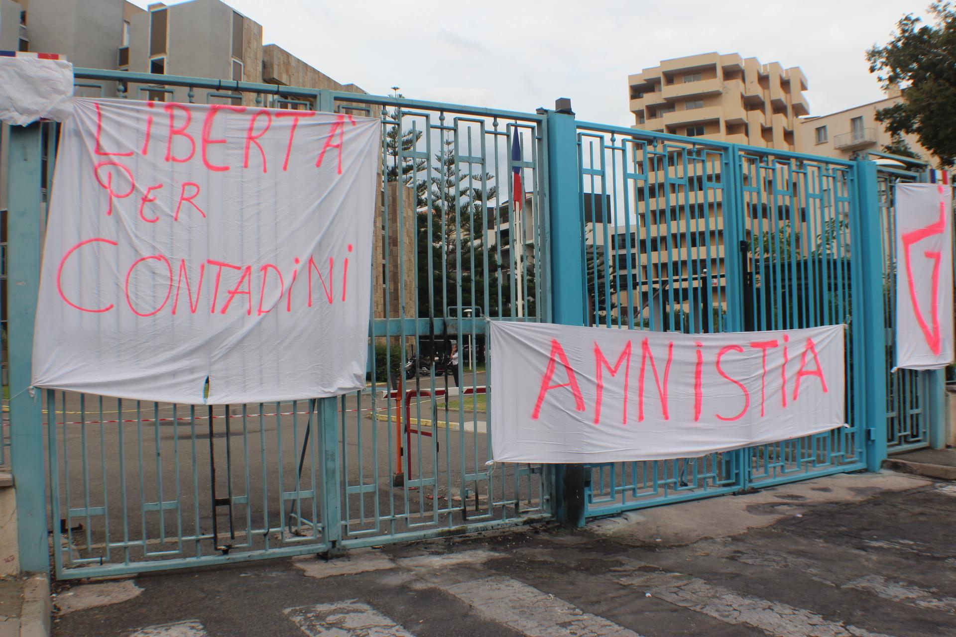 Paul-André Contandini : Les militants de Ghjuventù Indipendentista ont quitté la préfecture !