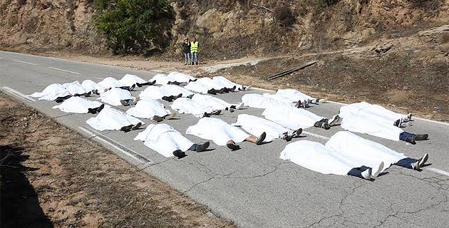 31 personnes allongées sous un drap blanc au col San Sebastianu : une image forte qui interpelle