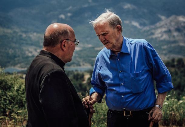 L'abbé Mondoloni et Edmond Simeoni (Photo: Terra di Turmenti)